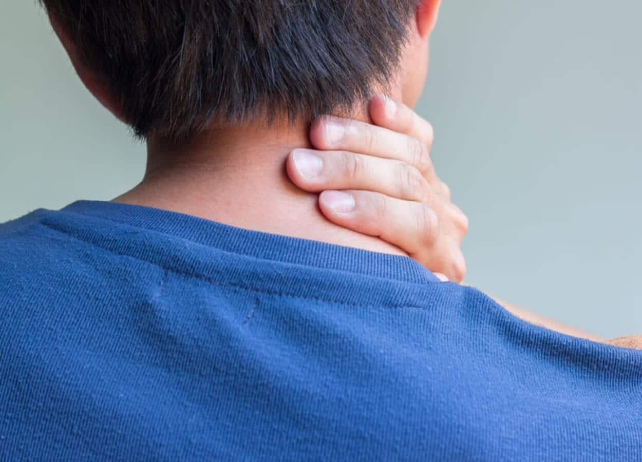 Chiropractor Bloomington IL neck pain
